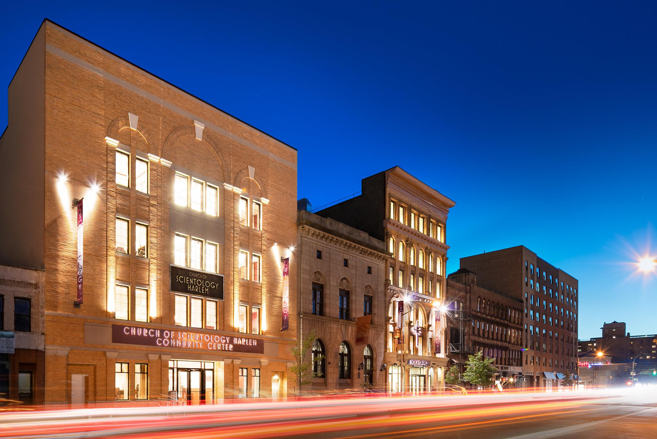 Budova Scientologické církve v New Yorku ve čtvrti Harlem na Manhattanu