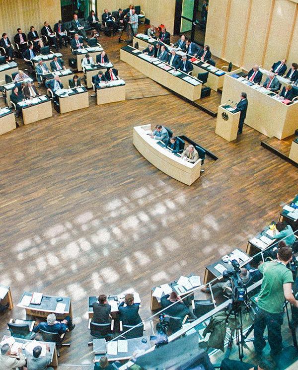 Il cchr sostiene la legge tedesca anticorruzione for Case modulari con suite di legge
