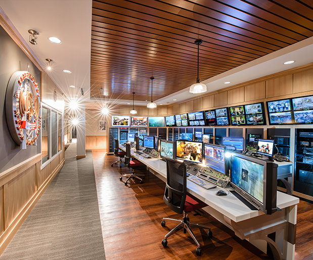 SCIENTOLOGY MEDIA PRODUCTIONS – technické zázemí Scientologického mediálně produkčního centra