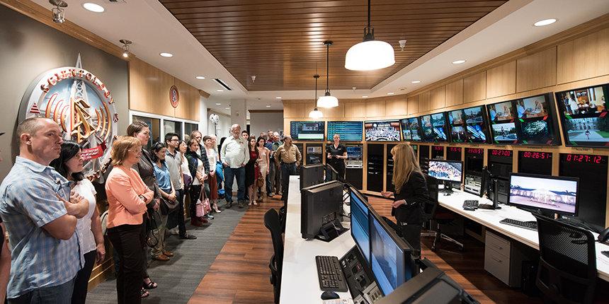 SCIENTOLOGY MEDIA PRODUCTIONS - technické zázemí Scientologického mediálně produkčního centra