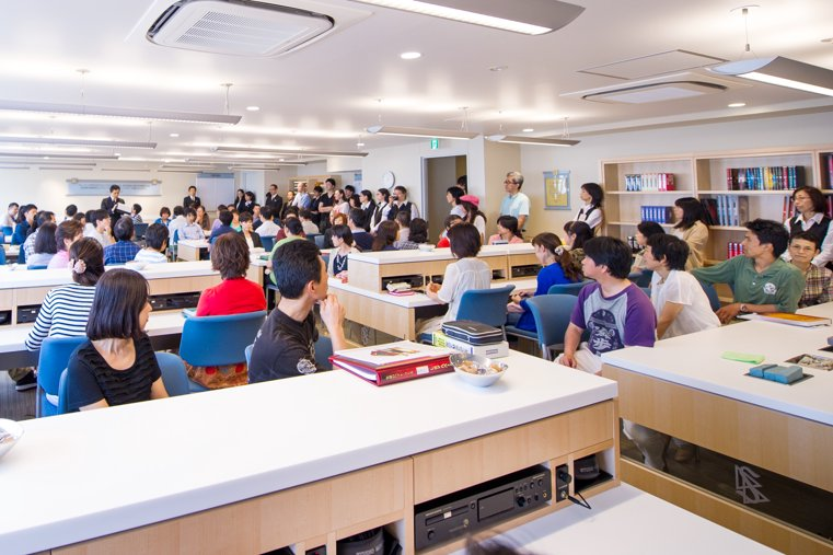 Tokyo Ideal Org. Student graduation